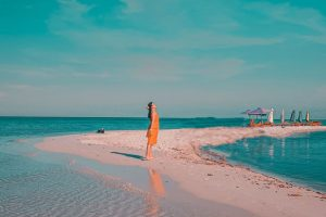 """Để thanh xuân 1 lần """"lạc"""" vào vương quốc sao biển Làng chài Rạch Vẹm Phú Quốc"""